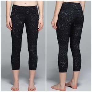Lululemon Wunder Under Crop ll